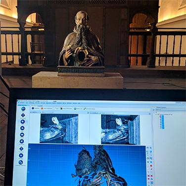 Los relicarios barrocos de la Universidad de Sevilla ya tienen su Backup3D
